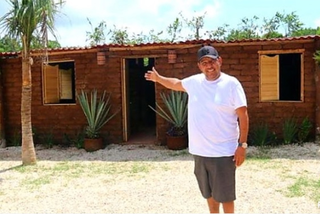 Mexican Visionary Talks About Making Houses Out of Seaweed