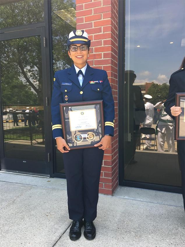 San Pedrana Lieutenant Alma Pinelo 1st Belizean Woman to Receive Honor Graduate Award