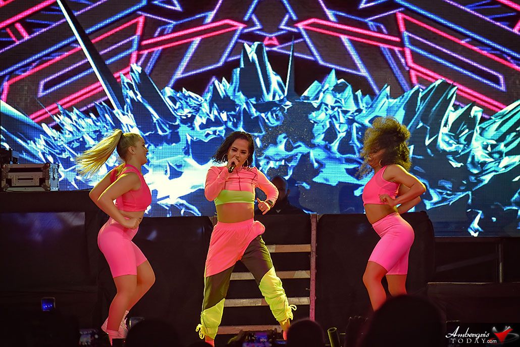 Becky G Makes Things Right with Super Concert at Costa Maya