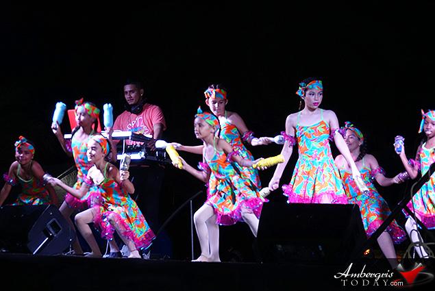 Las Caribeñas Dancing on the Streets of San Pedro
