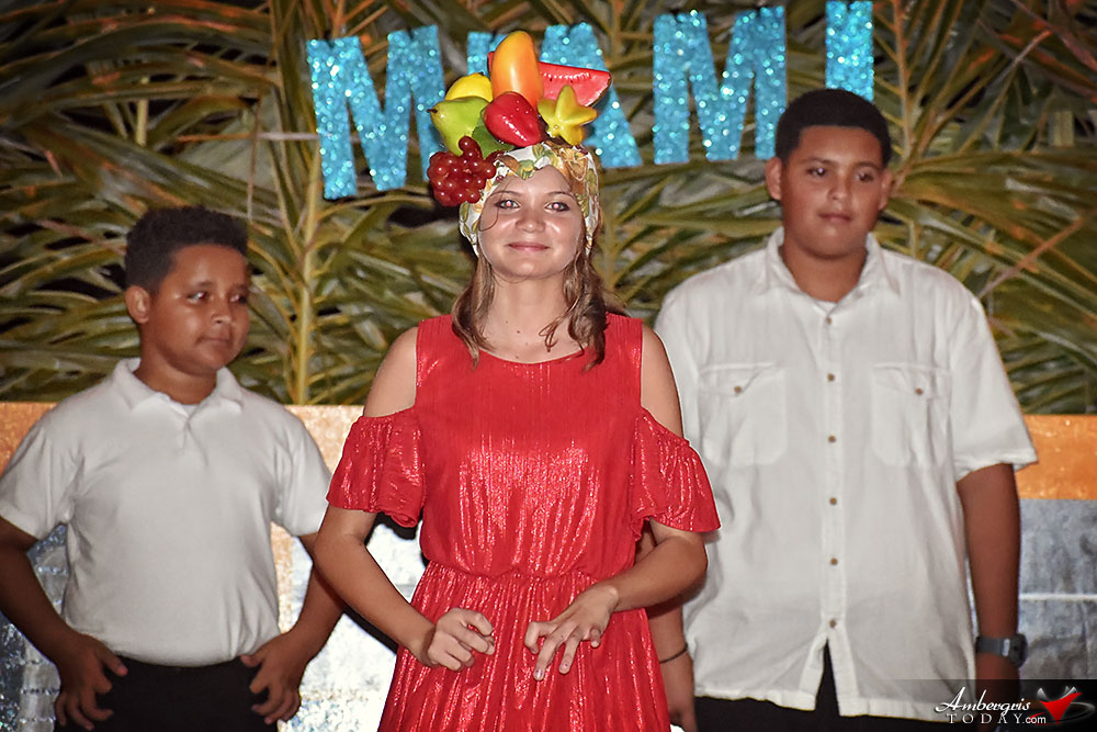 Island Academy Ends Year with Annual Christmas Pageant