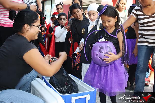 Isla Bonita Elementary School Trick or Treat