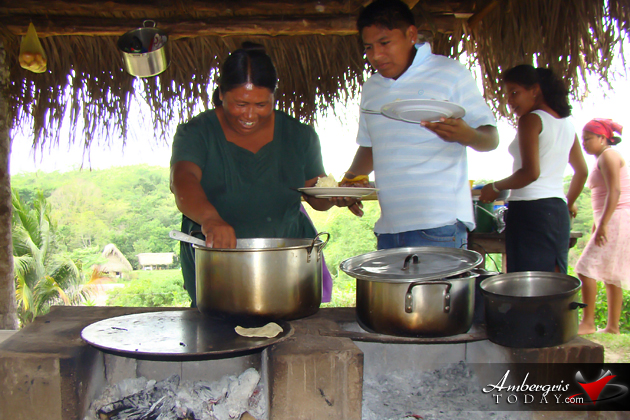My Lunch with a Humble Maya Family