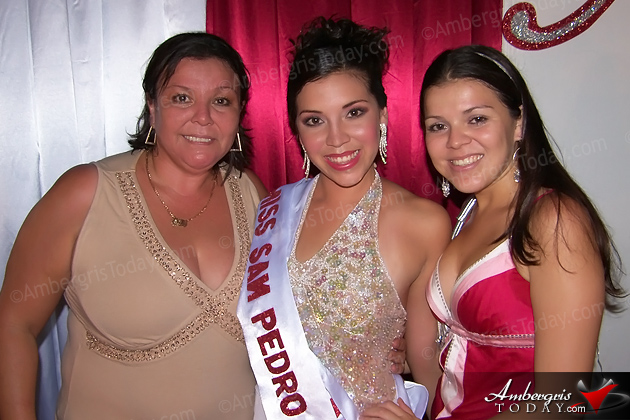 Lily Nunez -Miss San Pedro 1979, Liliana Nunez -Miss San Pedro 2006, Luisana Nunez Guerrero