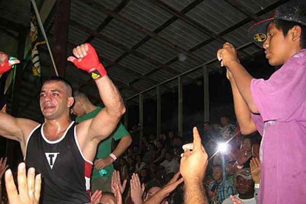Mohamed Harmouch celebrates is win