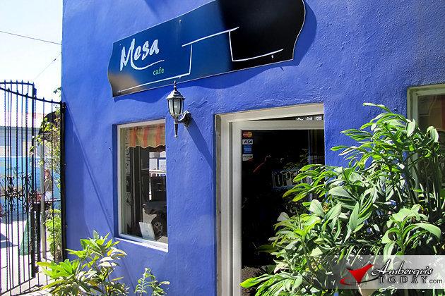 Mesa Café, Vilma Linda Plaza
