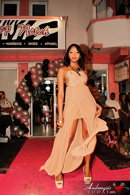 Top Notch Boutique, Fashion Show, Runway modeling