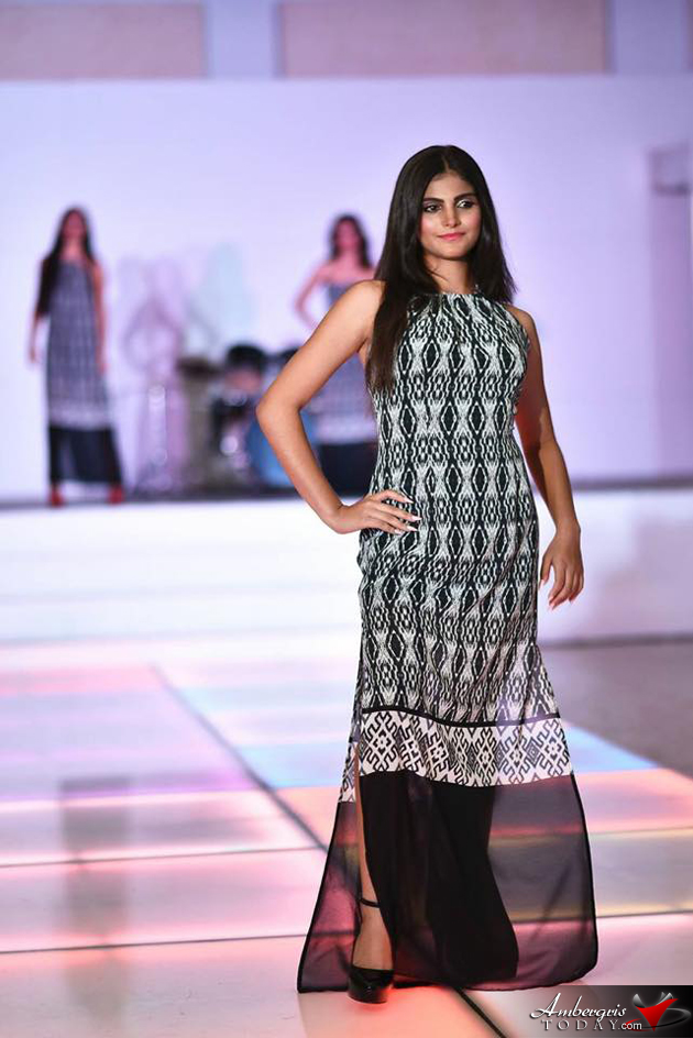 Mother - Daughter Team participates in Bahia Fest Fashion Show