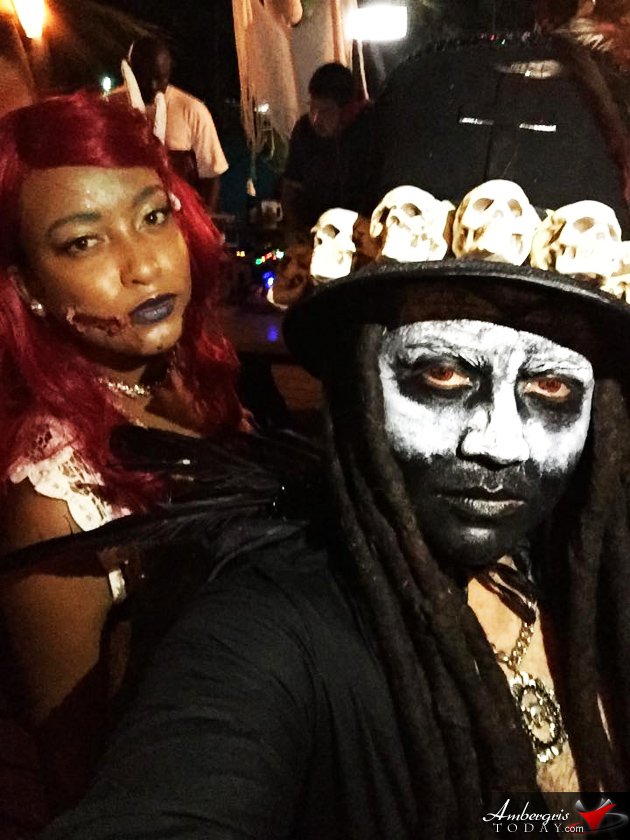 Halloween Party Selfie's on Fleek