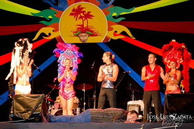 Eiden Salazar Planking at Costa Maya Festival