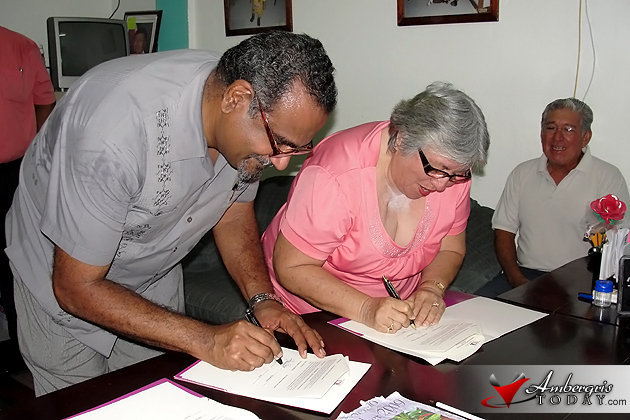 University of Belize and San Pedro Junior College sign partnership in education