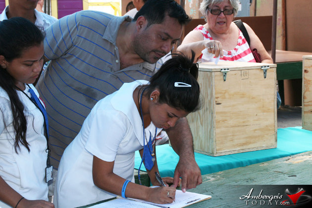 San Pedro High School Students signing the petition against Offshore Exploration/Drilling in Belize
