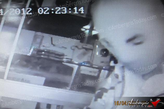 Thief caught on camera at CSM 2000