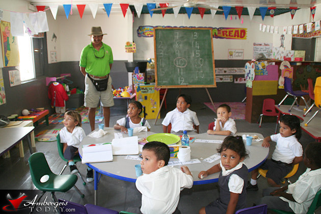 UNICEF Looks after children's rights in Belize
