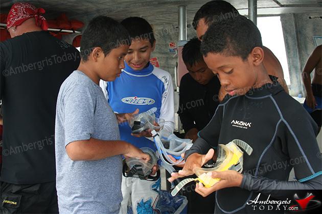 PADI certifies 34 Junior Open Water Divers