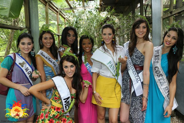 Costa Maya Pageant Delegates enjoy Belize