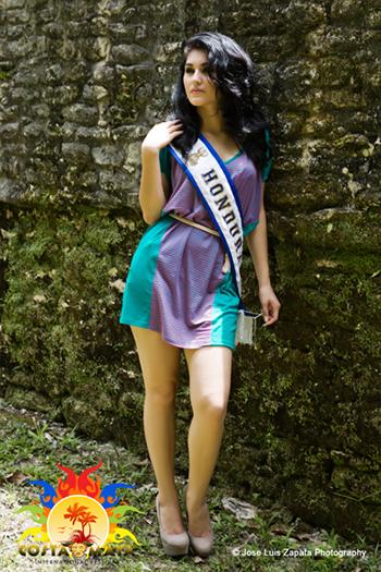 International Costa Maya Festival -Reina De La Costa Maya Miss Honduras