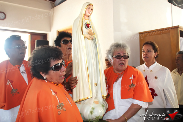 Travelling Statue of Our Lady of Fatima Visits San Pedro