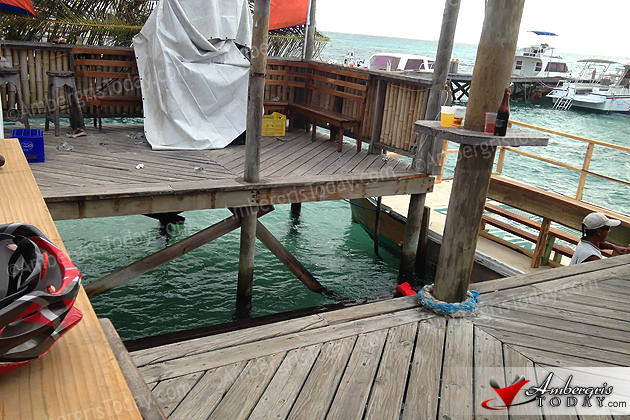 Pier Collapse During Easter Break in San Pedro Sends 51 into the Water