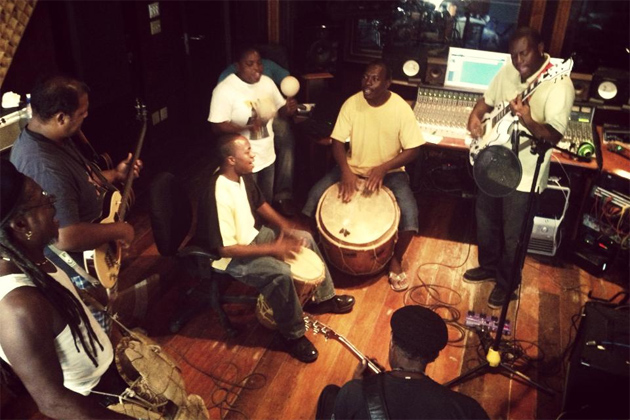 Danny Michel and The Garifuna Collective Prepare for Tour, Perform at Rojo Lounge