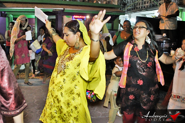 Carnaval 2014 Day 2: El Chapo Guzman Comes to San Pedro!