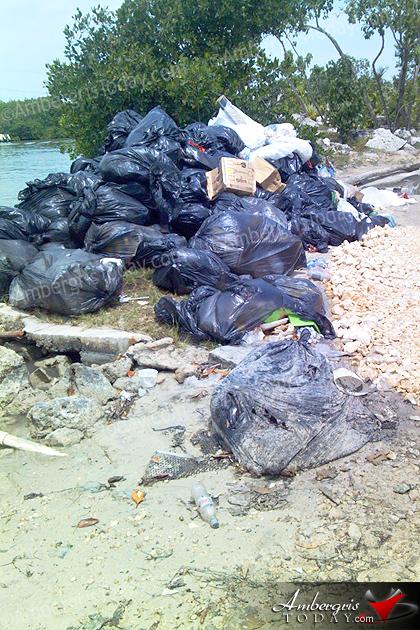 A Messy Situation at Boca Del Rio Area