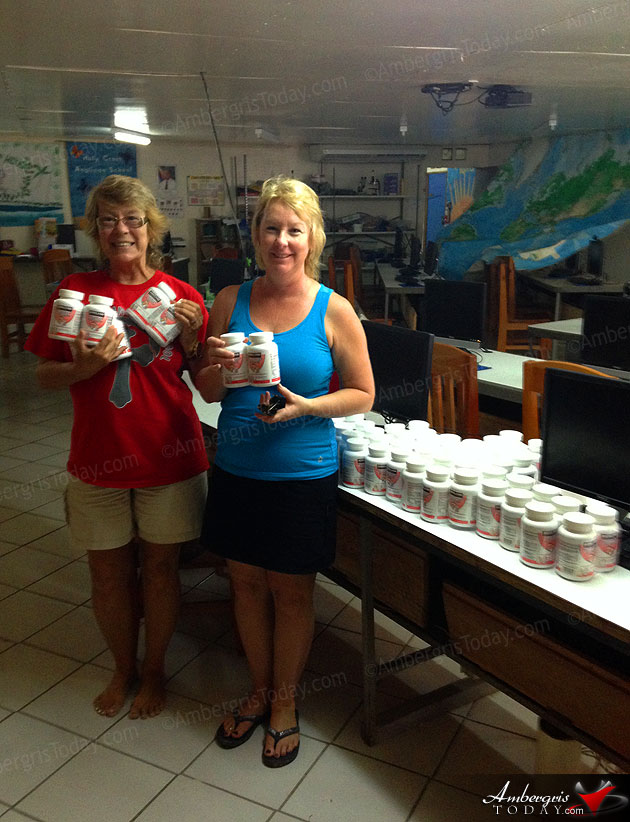 Schneiders Family Makes Donation to San Pedro Community