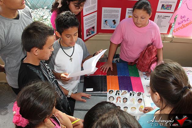 Isla Bonita Elementary Holds Open Day Exhibition
