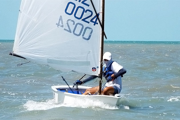 BzSa Launches New Logo, Puts Belize Sailors Into International Arena