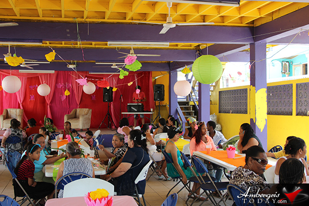 Fin K Project Soup Kitchen Feeds Over 200 Moms on Mother's Day