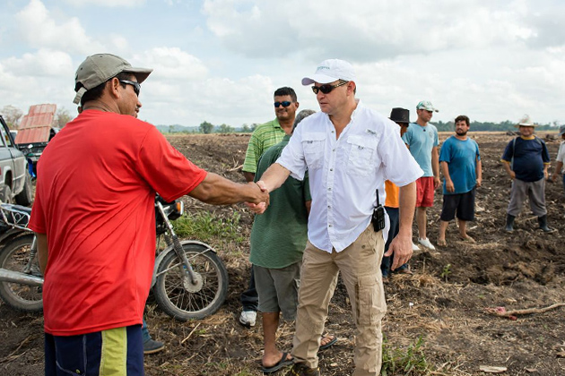 Belizean Farmers receive land from The Santander Group