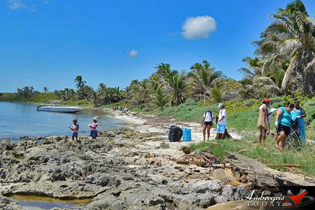 Islanders Participate in National River and Beach Cleanup 2015