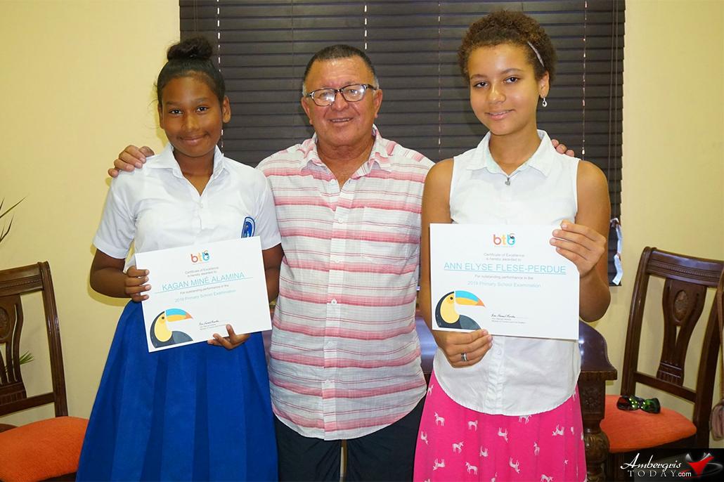 Minister Heredia Awards Top PSE Scorers