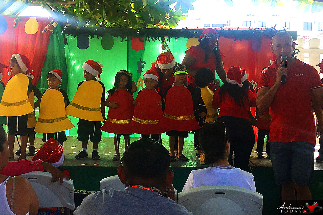 ABC Pre-School Christmas Show | Ambergris Today | Breaking