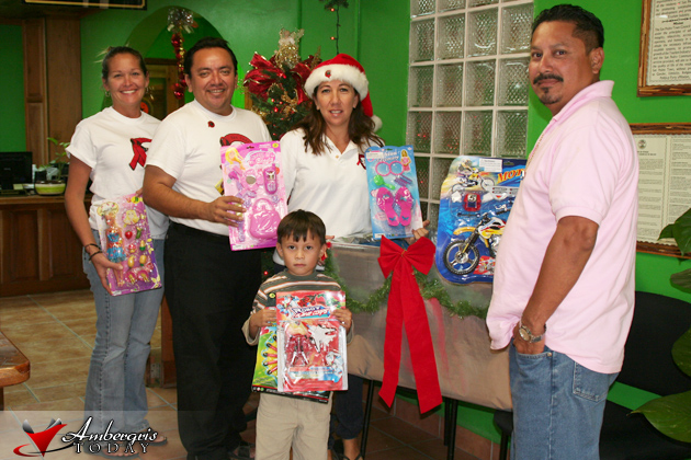 San Pedro AIDS Commission members collect toys