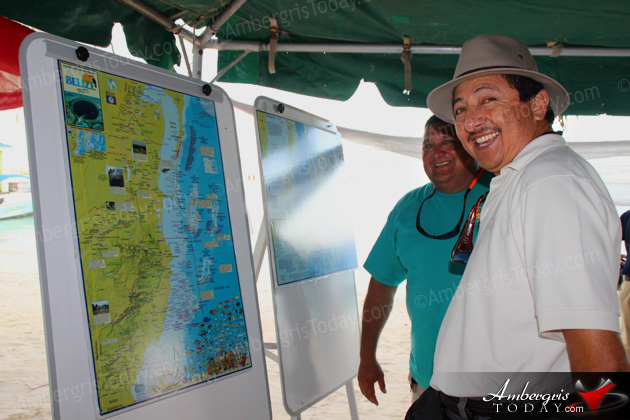Mayor Daniel Guerrero checking out the Belize Dive Map