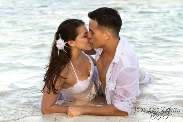 Honeymoon Packages - Pic by Jose Luis Zapata Photography