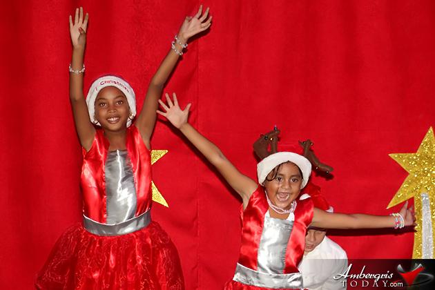 Isla Bonita Elementary Holds Christmas Extravaganza