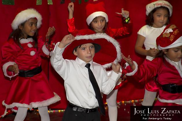 Isla Bonita Elementary Christmas Show