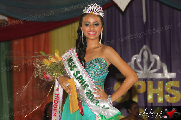 Chelsea Muñoz is New Miss San Pedro High School