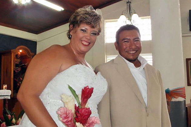 Edwin Gamez and Monica Prevett wed in San Pedro, Ambergris Caye, Belize