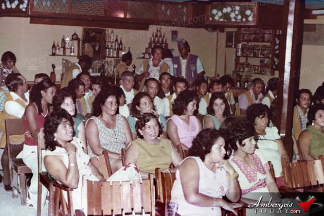 San Pedro Lion members meeting at Skin Diver's Bar at Martha's Hotel