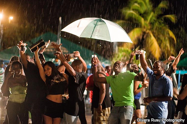 Rain does not stop the party at Belikin 2013 Calendar Launch