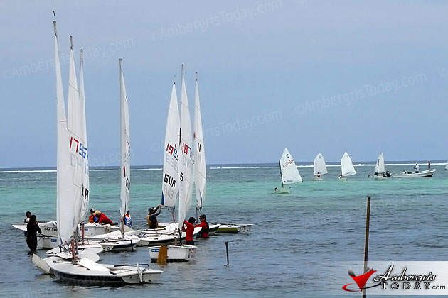 Guatemala and Belizean junior skippers prepare for ragatta