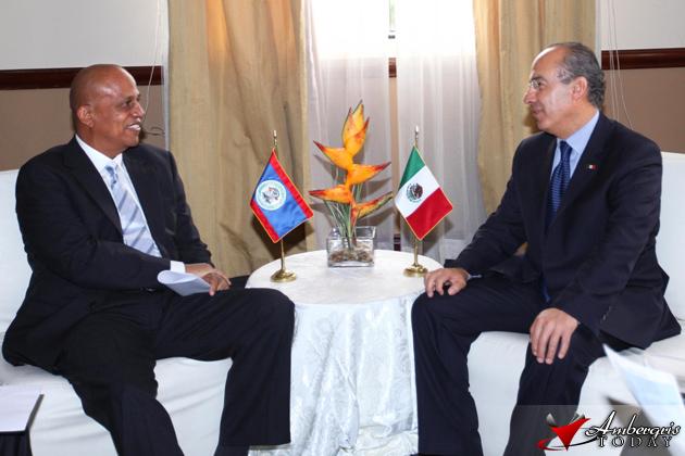 President Calderón Meets with Prime Minister of Belize