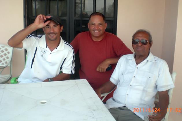 ASOVELA Coach Ricardo Robbiano, BzSA Member Alan Usher and Chairman Charles Barl