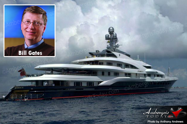 Bill Gates Vacationing in Belize
