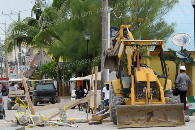 Construction of Town Clock on Barrier Reef Drive