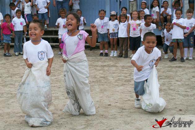Island Kids Enjoy Children's Day