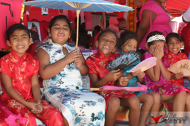RC School students enjoy the day dressed as Chinese girls